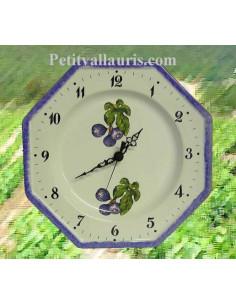 Horloge-pendule octogonale murale en faïence blanche décor figues violettes