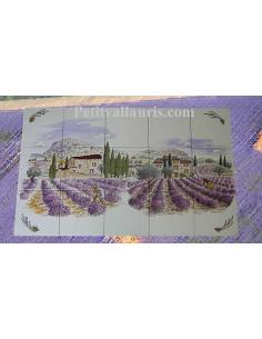 Fresque murale sur carreaux de faience blancs décor récolte et champs de lavande 45 x 75 cm