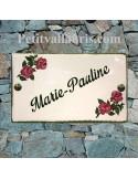 Plaque rectangulaire pour maison en céramique émaillée décor motif artisanal les rosiers + personnalisation