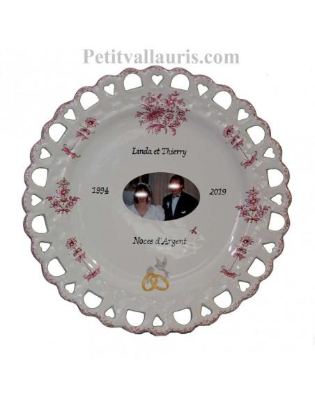 Assiette de Mariage en faience modèle Tournesol avec photo et texte personnalisé décor fleurs camaieux de rose