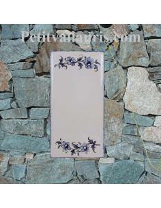 Plaque à coller en faience vierge sans chiffre motif fleurs tradition bleu