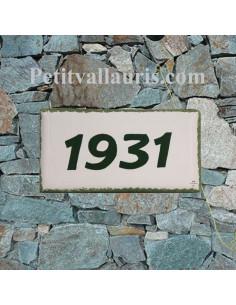 Plaque numéro de maison faience émaillée blanche bord et texte verte inscription personnalisée