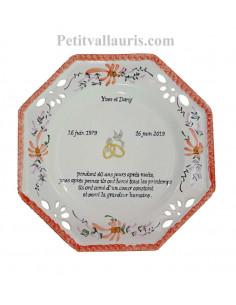 Grande assiette anniversaire de Mariage modèle octogonale décor fleurs rouges coquelicot + poème noces d'emeraude