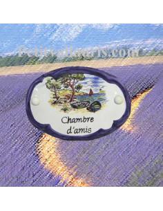 Plaque de porte ovale en faience blanche inscription chambre d'amis motif calanque bord bleu