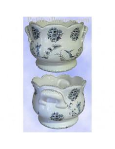 Cache pot en faience blanche modèle festonné décor reproduction vieux moustiers bleu