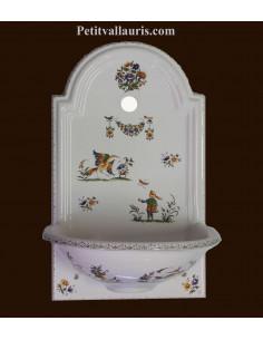 Petite Fontaine murale en céramique blanche décor reproduction vieux moustiers