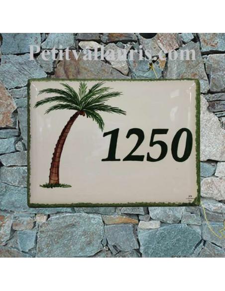 plaque de maison céramique motif artisanal cocotier avec inscription personnalisée