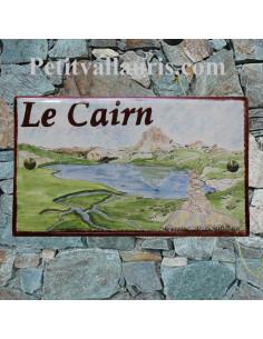 Plaque en céramique forme rectangle décor artisanal pic du midi d'ossau et cairn + personnalisation