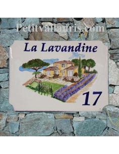 Grande plaque en céramique modèle aux angles incurvés motif dessin villa d'architecte avec lavandes + personnalisation