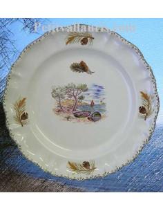 Assiette modèle Louis XV plate en faience blanche décor calanque et pignes de pin