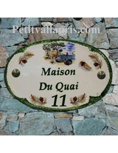 Plaque en céramique pour maison de forme ovale décor Calanque et Pins + cigale en relief + personnalisation