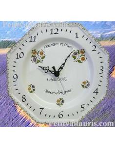 Horloge murale en faience modèle octogonale avec gravure personnalisée pour anniversaire de mariage
