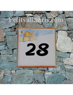 Plaque numéro de Maison en faience motif le dromadaire dans le désert + inscription personnalisée