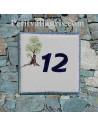 Plaque avec numéro de maison en faience émaillée motif viel olivier + chiffre personnalisé