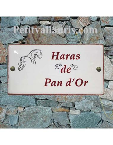 Grande plaque de maison rectangle en faience 40 x 20 cm décor artisanal cheval stylisé