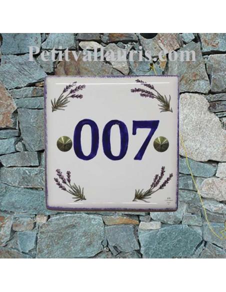 Plaque numéro de Maison en faience émaillée motifs brins de lavandes + chiffre personnalisé en bleu