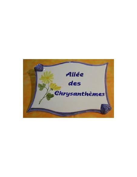 Plaque céramique de forme parchemin motif Chrysanthème avec incription modifiable