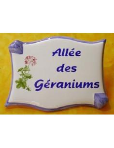 Plaque de forme parchemin décor personnalisé Géraniums