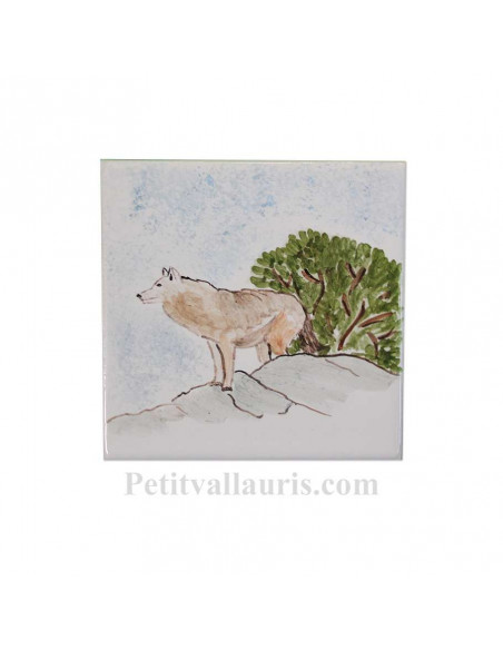 Carreau mural en faience blanche avec motif artisanal le loup