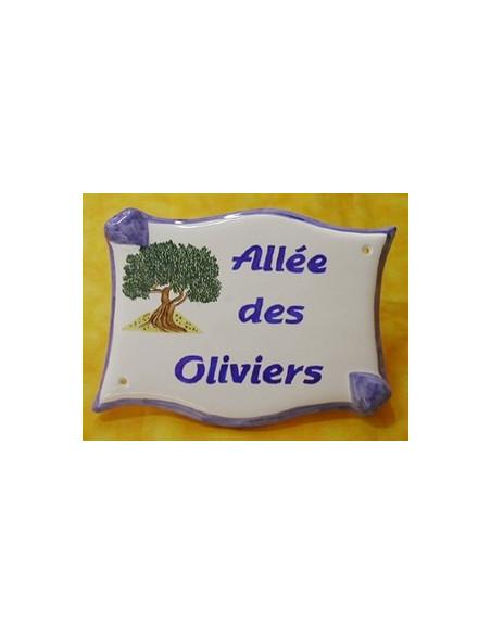 Plaque céramique de forme parchemin pour une allée motif artisanal Les Oliviers