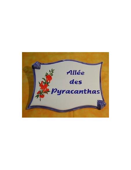 Plaque céramique de forme parchemin pour une allée motif artisanal Pyracanthas