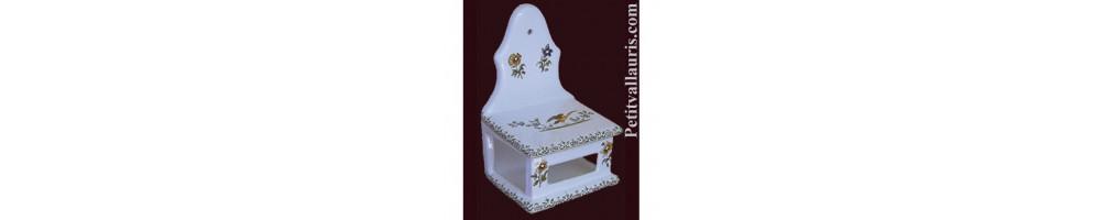 Dérouleur + dévidoir de papiers essuie tout, boîte à allumette et porte filtre à café en céramique décor moustiers