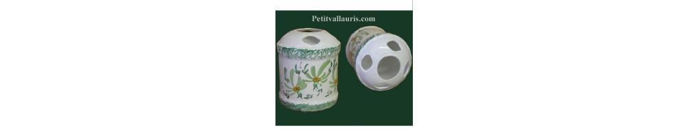 Porte brosse à dent et verre à dents en céramique fabriquée et décorée dans le sud de la france