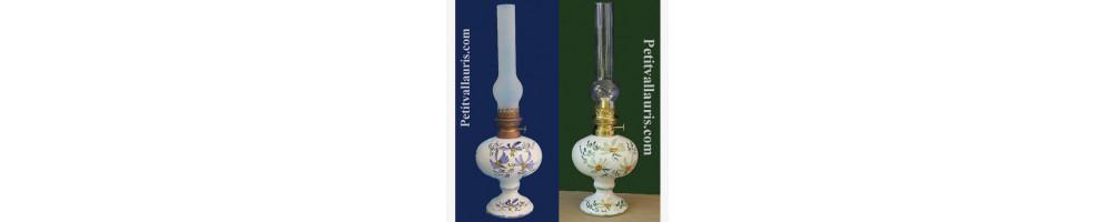 Lampe à pétrole modèle electrique et huile réalisées en céramique par le petit vallauris