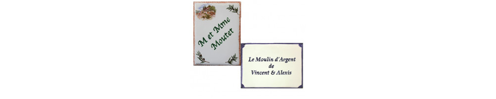 plaque en faience et ceramique rectangulaire pour maison exterieure avec numéro ou nom personnalisé de taille 15 x 20 cm