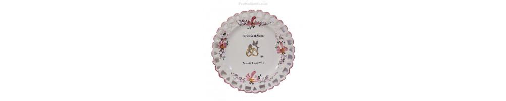 Assiette en Faïence modèle tournesol pour Souvenir et Anniversaire de Mariage avec inscriptions personnalisables