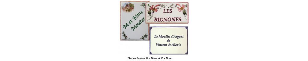 Plaques rectangles 10 x 20 et 15 x 20 cm en faience décorée pour entrée de maison et villa avec l'inscription personnalisée
