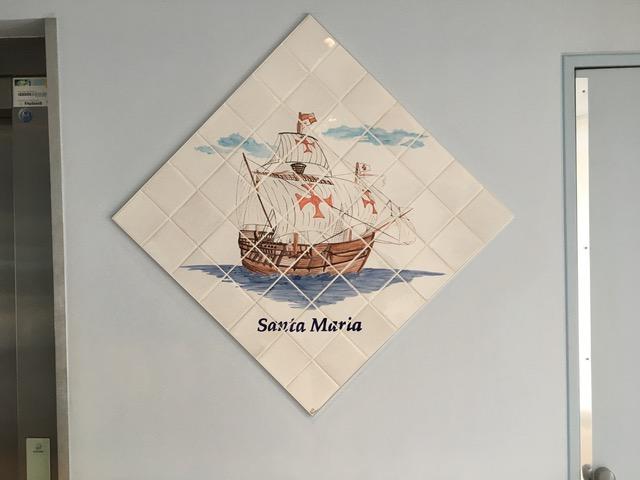 Fresque murale en faience au motif bateau de christophe colomb le Santa Maria